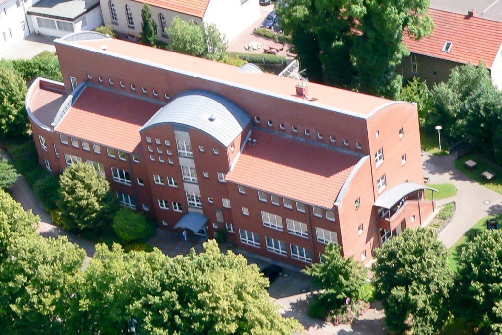 Die St. Franziskus Schule von oben
